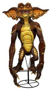 30773_prop_replica_stunt_puppet_brown