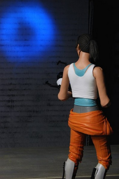 chell-action-figure-web3