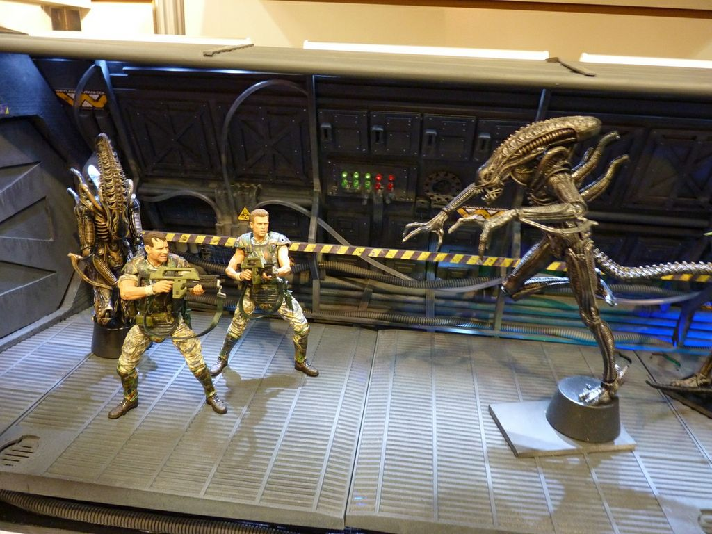 aliens and marines