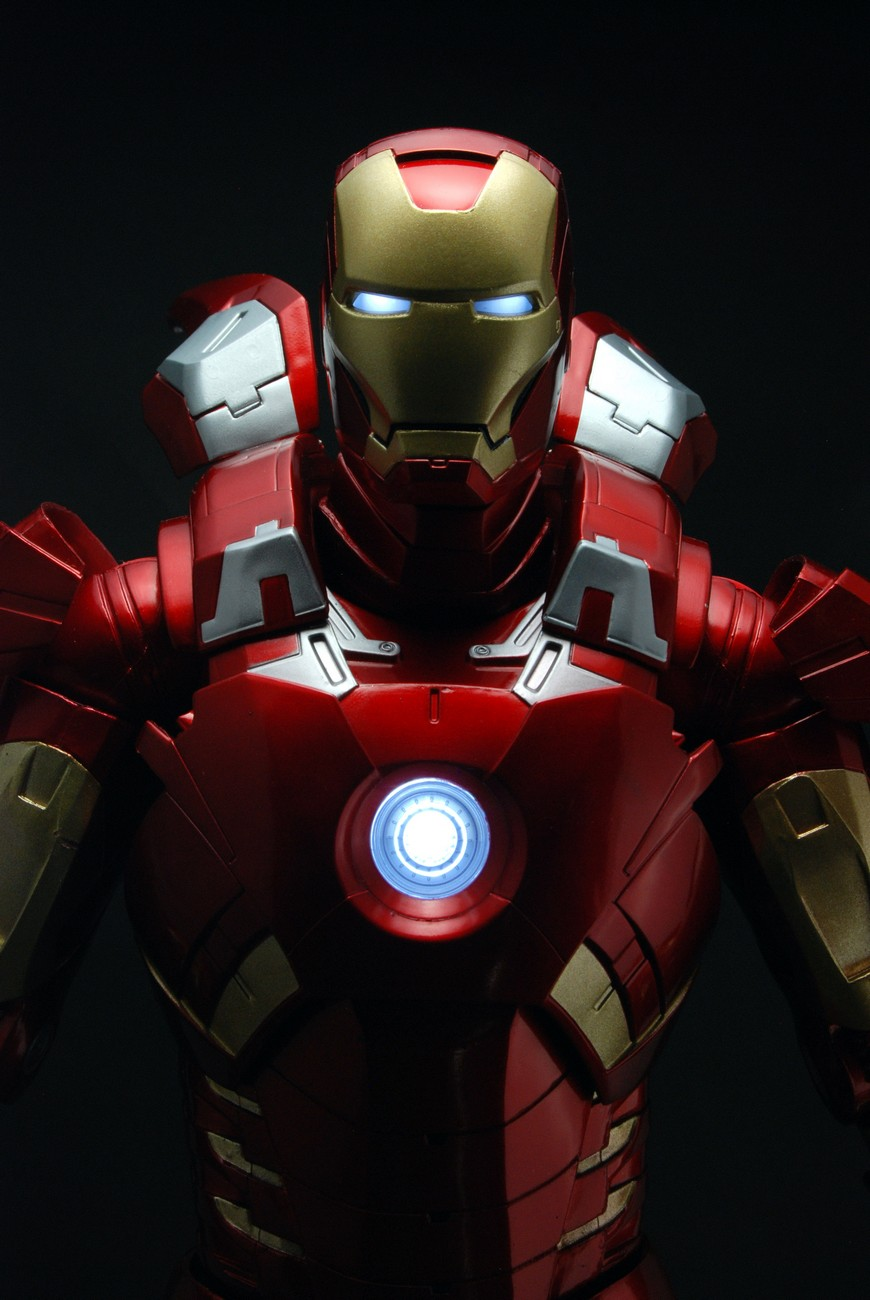 Avengers – 1/4th Scale Figure – Iron Man (Case 2