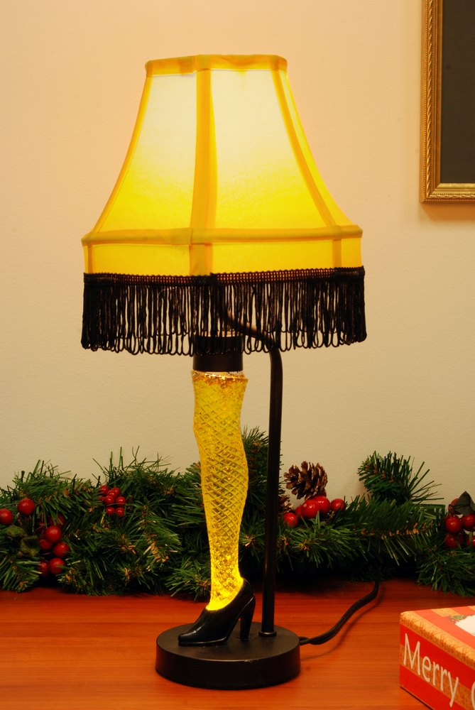 A Christmas Story Ornaments.Celebrating 30 Years Of A Christmas Story New Leg Lamp