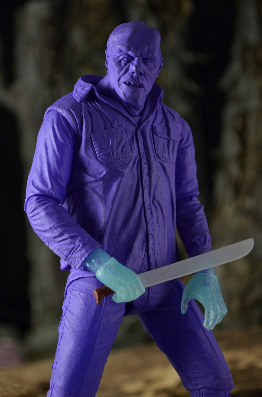 """[NECA] Jason Vorhees: NES """"Friday the 13th"""" game SDCC 2013 Exclusive 39789-Friday13-VideoGameJason-6"""