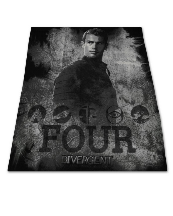 1300x 26855_Four_Fleece_Throw 650