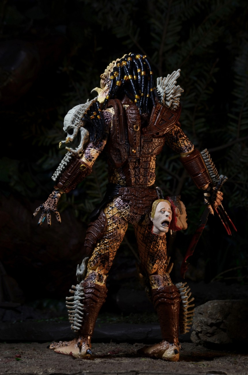 Closer Look: Predator Bad Blood Deluxe 7″ Scale Action Figure