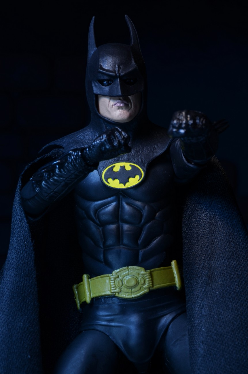 closer look 25th anniversary 1989 batman 7� promo figure