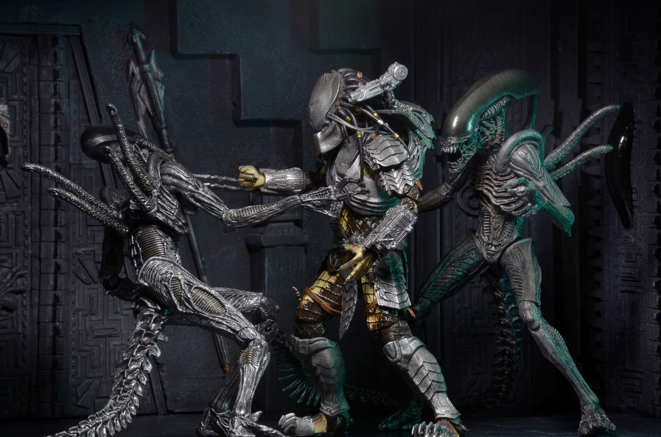 DISCONTINUED – Predator – 7″ Scale Action Figures – Series 15 Assortment