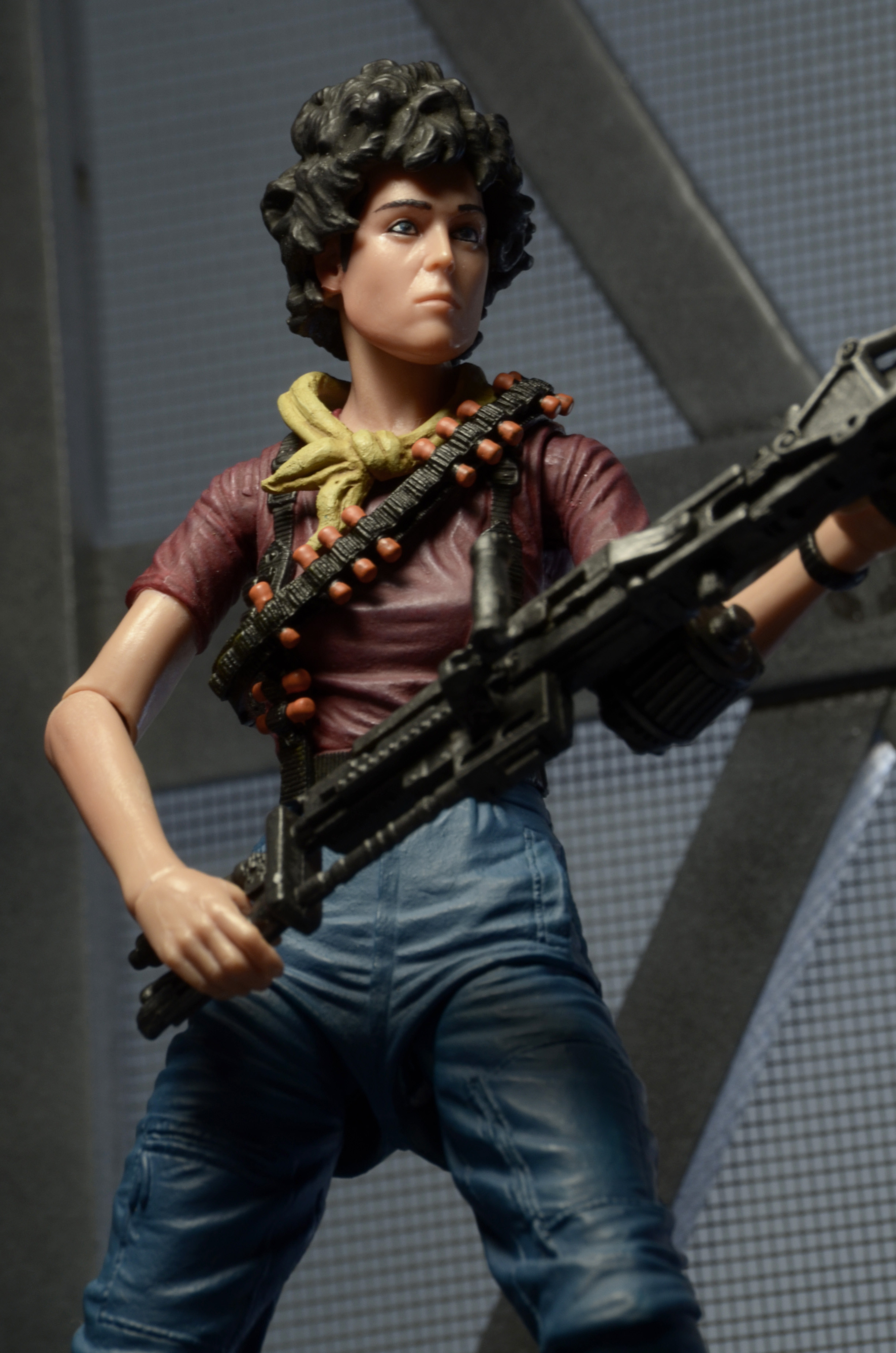 Details On Her 3 Shades Of: All The Details On The Alien Day Exclusive Kenner Tribute
