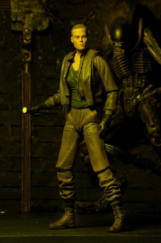 Closer Look: Aliens Series 8 (Alien 3) 7″ Scale Action Figures!