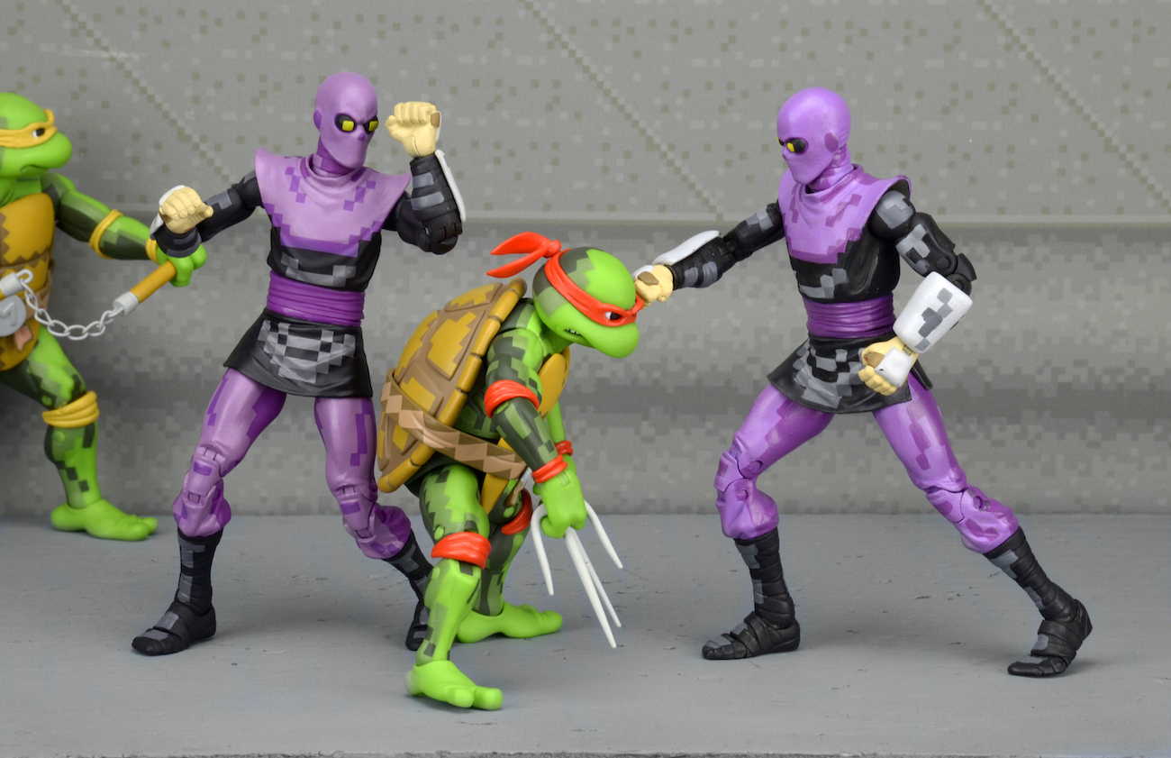 SDCC Exclusive: TMNT Arcade Turtles and Foot Clan Box Sets! [VIDEO]
