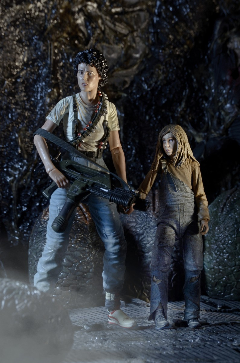 """NECA Aliens Ripley Newt 7/"""" Action Figure 2 Pack Set 30th Anniversary Collection"""