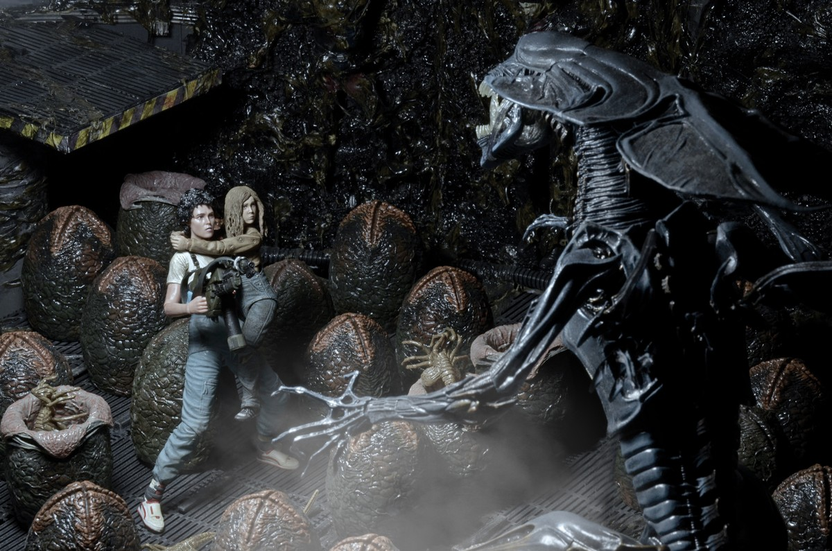 discontinued � aliens 30th anniversary � �rescuing newt