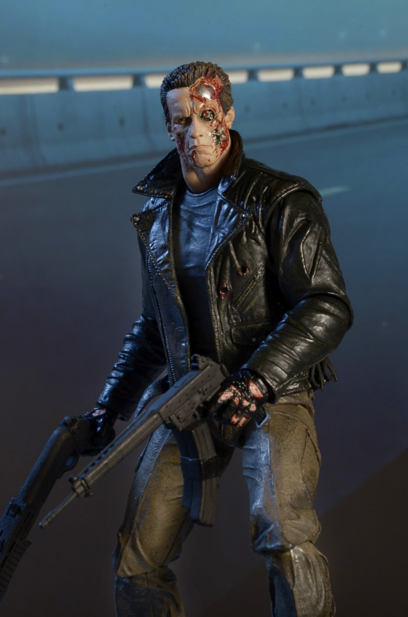 Closer Look Terminator Ultimate Police Station Assault T