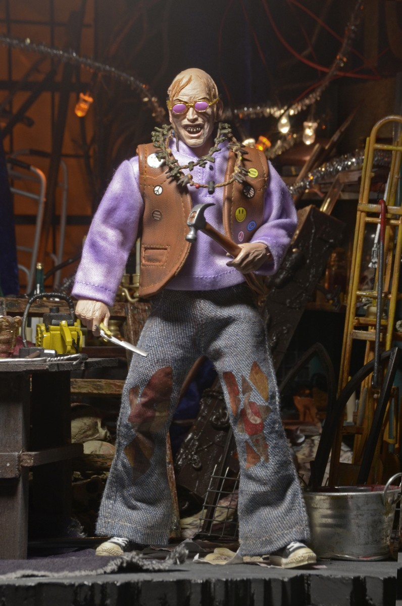 "Closer Look: Texas Chainsaw Massacre 2 Chop Top 8"" Clothed"