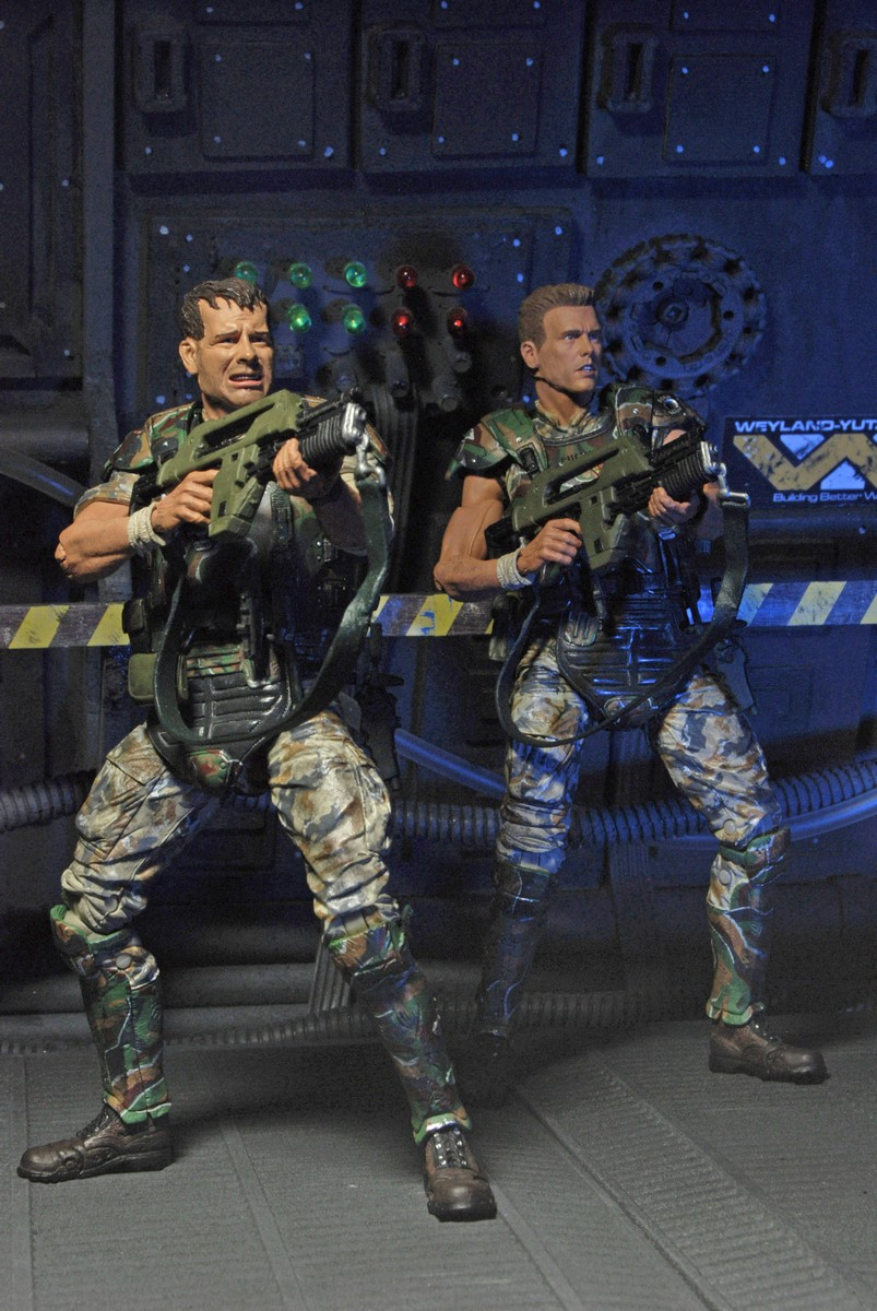 """DISCONTINUED – Aliens – 7"""" Scale Action Figures – Colonial ..."""