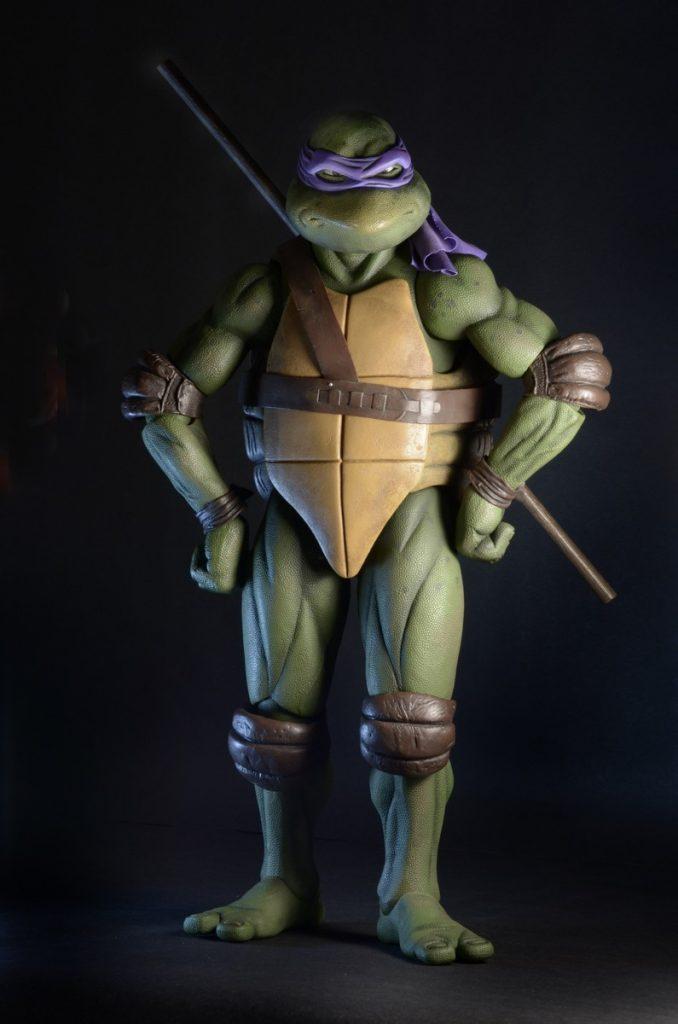 Closer Look: TMNT (1990 Movie) 1/4 Scale Donatello Action ...