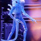 51634-aliens-s11-blue-alien4
