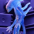 51634-aliens-s11-blue-alien5