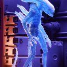 51634-aliens-s11-blue-alien7