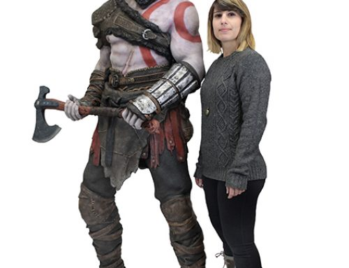 God of War (2018) – Life-Size Foam Replica Figure – Kratos