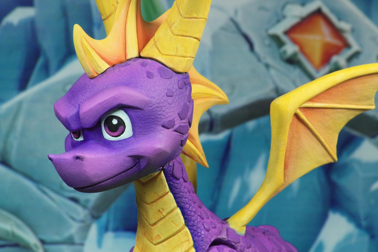 """Tail Of The Dragon Photos >> Spyro – 7"""" Scale Action Figure – Spyro the Dragon"""