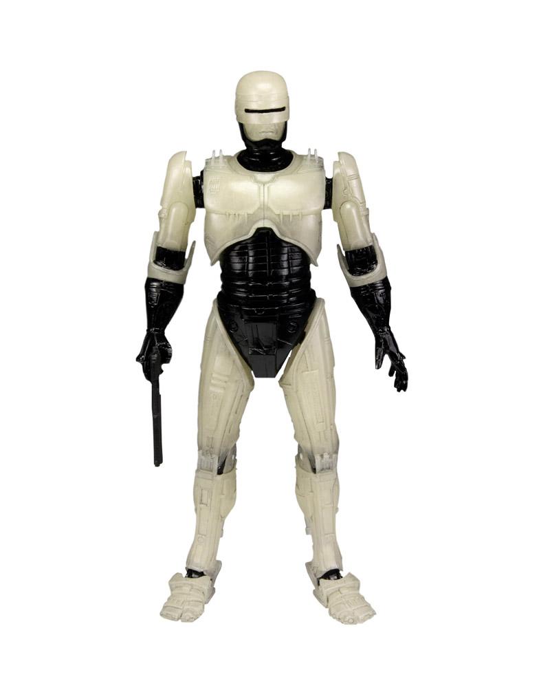 80 Toy Action Figure Shelves - Robocop_Glow2_Beautiful 80 Toy Action Figure Shelves - Robocop_Glow2  Pic_431425.jpg