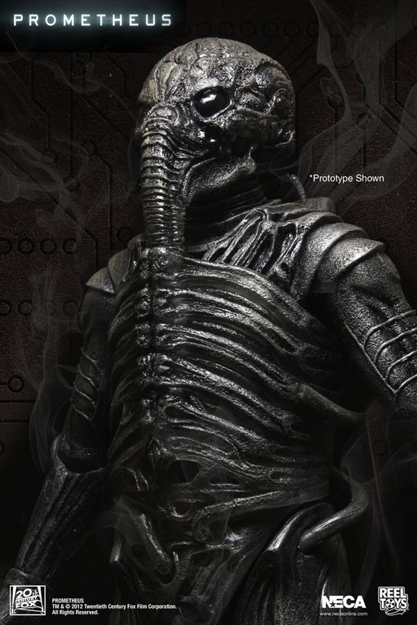 Prometheus_Chair_Suit-Engineer-Action-Figure_1a