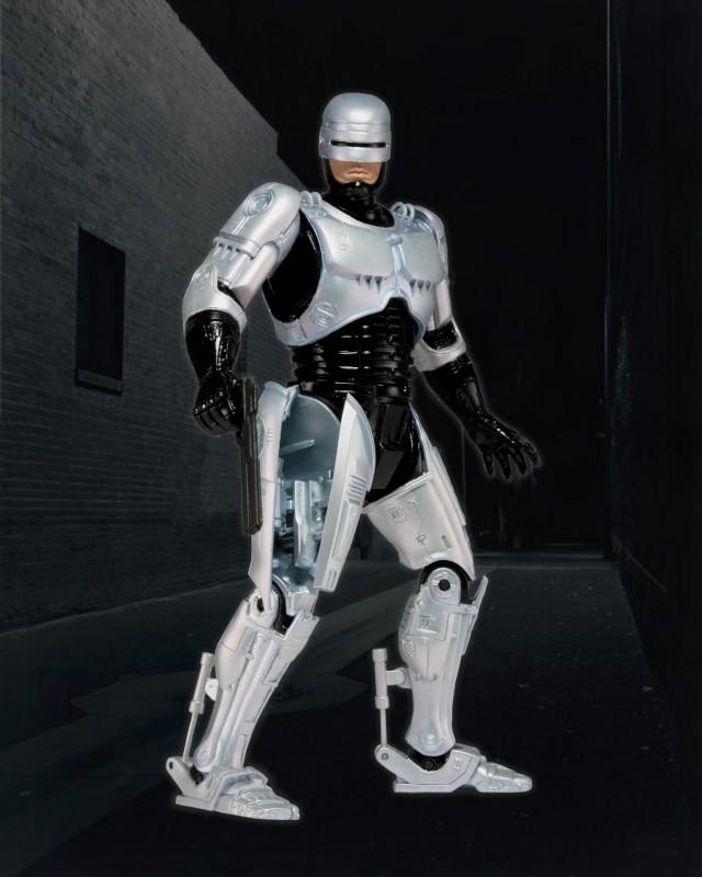 42059_Holster_Action_Robocop_Bkg-800