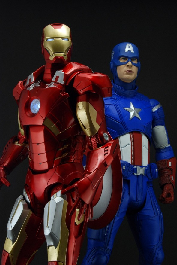 NECA 18 inch Iron Man  Captain America Action Figure