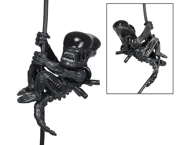 14726-alien_3inch_01-590w