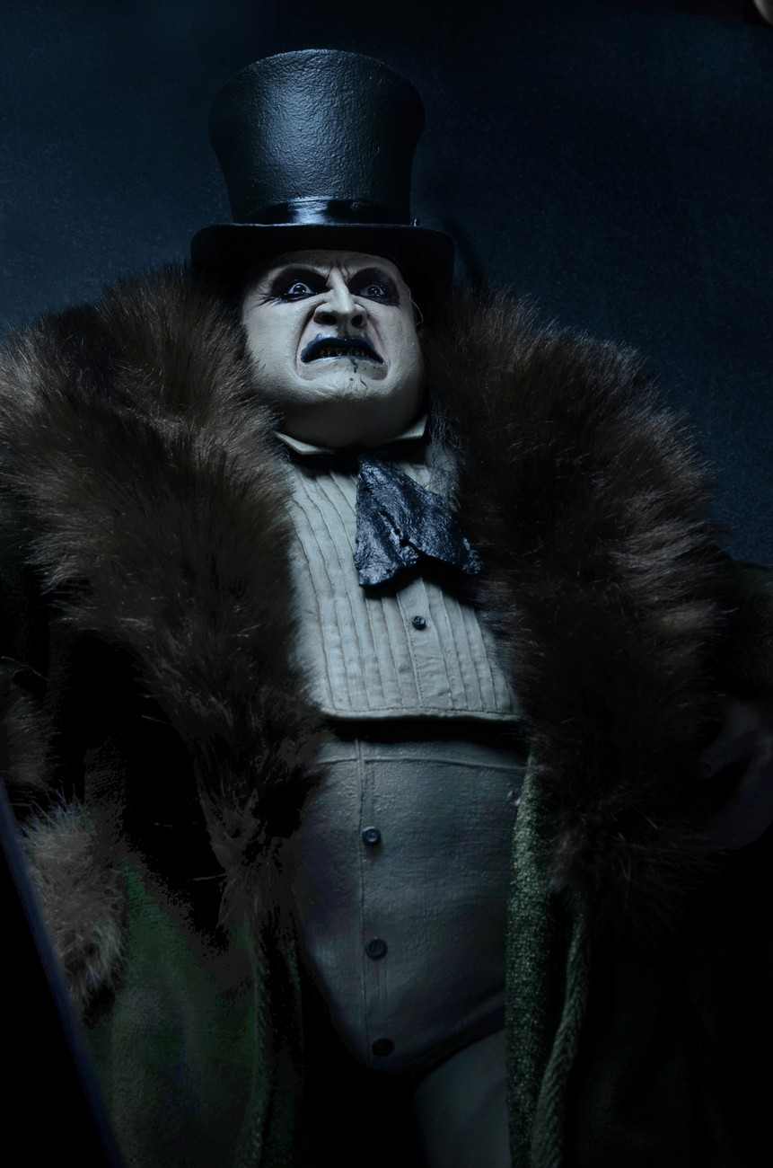 Accessory For Hair: Closer Look: Batman Returns Penguin (Danny DeVito) 1/4