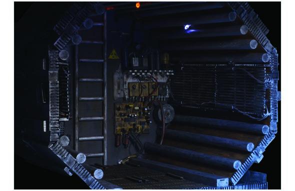 590w Alien5- 300dpi - CMYK 11x17