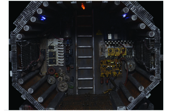 590w Alien7- 300dpi - CMYK 11x17