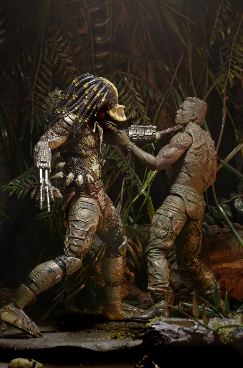 by NECA 51548 Predator Ultimate Jungle Hunter Poseable Figure