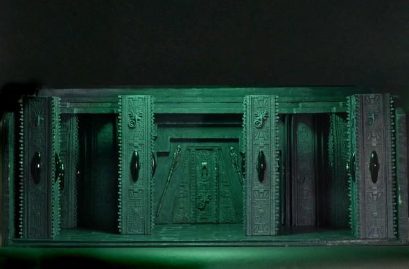 590w-temple1