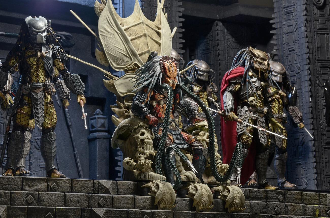 Predator – Bone Throne Diorama Element | NECAOnline.com