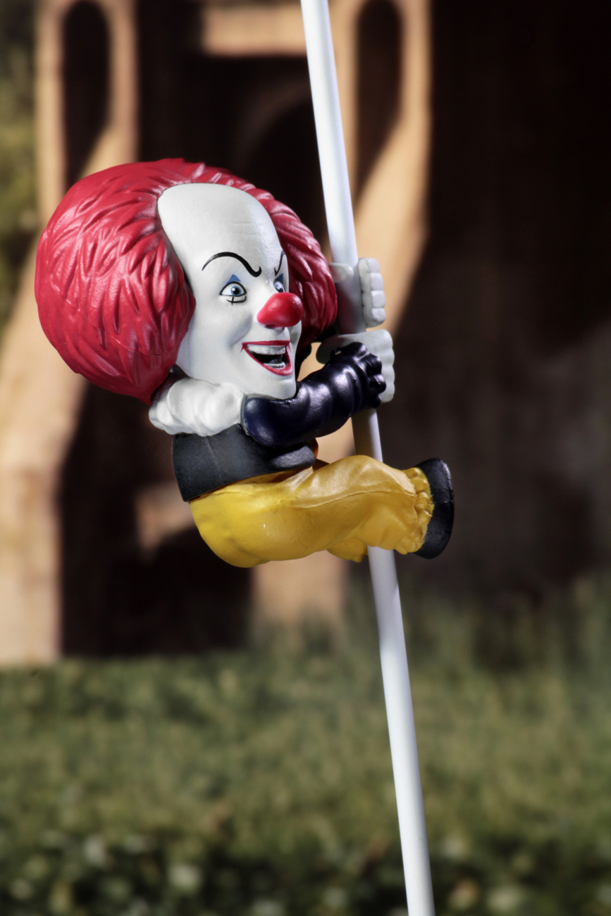 """Scalers – 2"""" Collectible Minis – Pennywise (IT 1990)"""