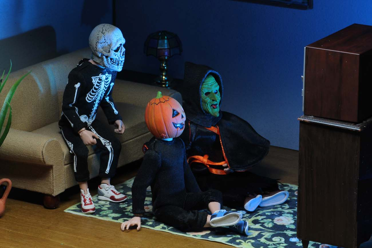 Halloween 2020 Season Of The Witch Restocks of the Halloween 3: Season of the Witch Action Figure Set